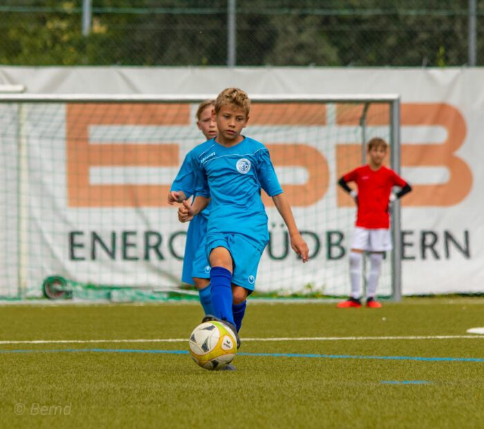 Dawid Derek und Ömer Coskun wussten den FC Dingolfing als Sprungbrett zu einem Profi-Verein zu nutzen (Foto: Bernd Stachowski)